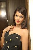 Parul Yadav latest glam pics-thumbnail-14