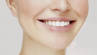 consejos para tener dientes blancos de forma natural