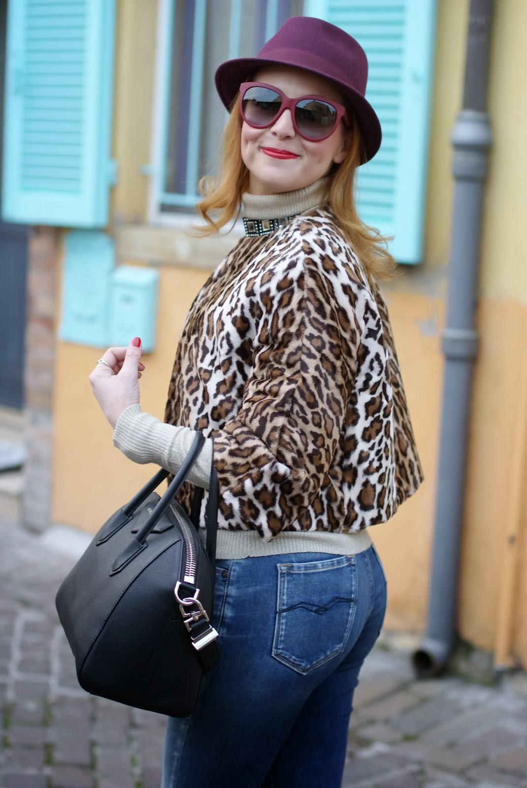short leopard print furry jacket, burgundy fedora, Replay jeans, Nora barth jacket, Givenchy Antigona, Fashion and Cookies, fashion blogger