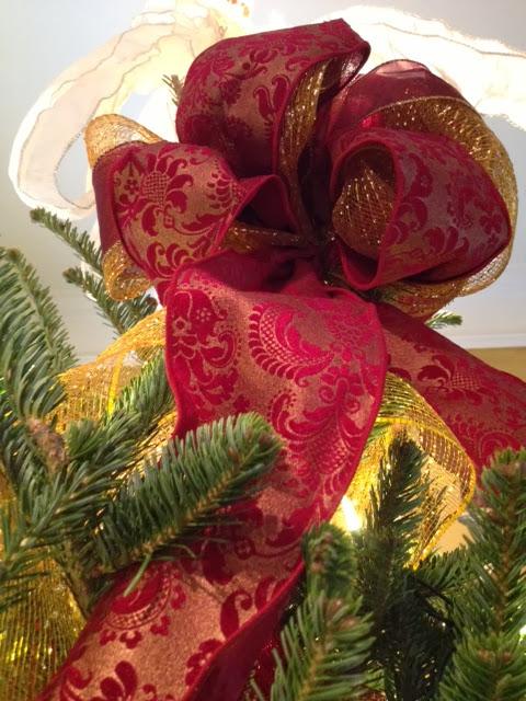 burgundy-gold-brocade-christmas-ribbon