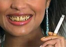 Wiwin Oktawinata; Mengapa rokok sangat erat kaitannya dengan kesehatan gigi dan mulut? jelas secara gampang bisa dijawab, karena rokok dihisap melalui mulut . Secara gampang bisa kita lihat bibir seorang perokok memang terlihat lebih gelap dibandingkan dengan bibir seorang yang bukan perokok, mengapa?
