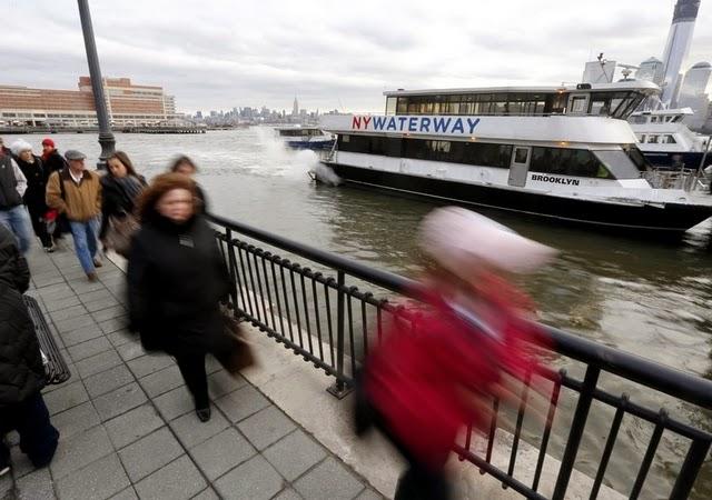 Proponen ferry que conecte El Bronx con Manhattan