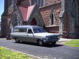 Servicios fúnebres: repatriaciones