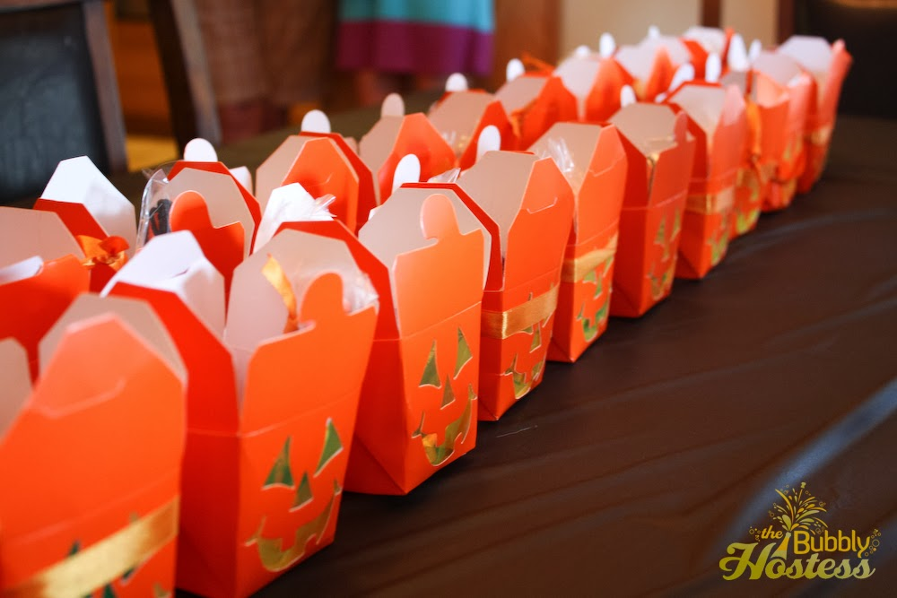 halloween creepy crawlie birthday party the bubbly hostess - Halloween Birthday Party Ideas