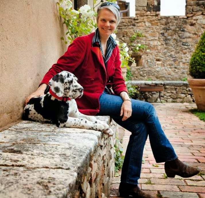 Charlotte Horton, proprietaria del Castello di Potentino a Seggiano in provincia di Grosseto