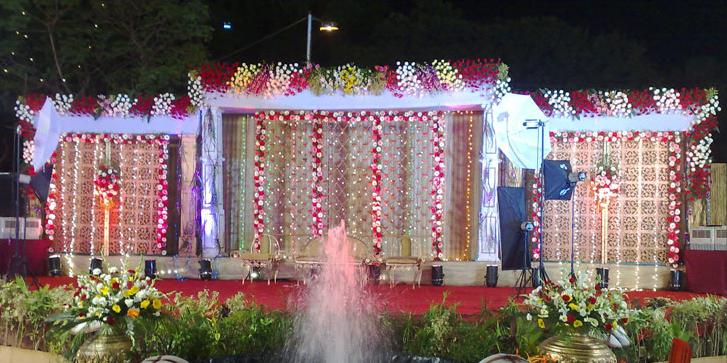 Latest Fashion Trends Reception Mandap Decoration