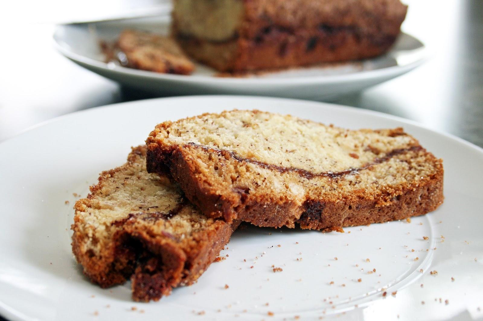 Lazy Gluten Free: Gluten Free Cinnamon Swirl Banana Bread