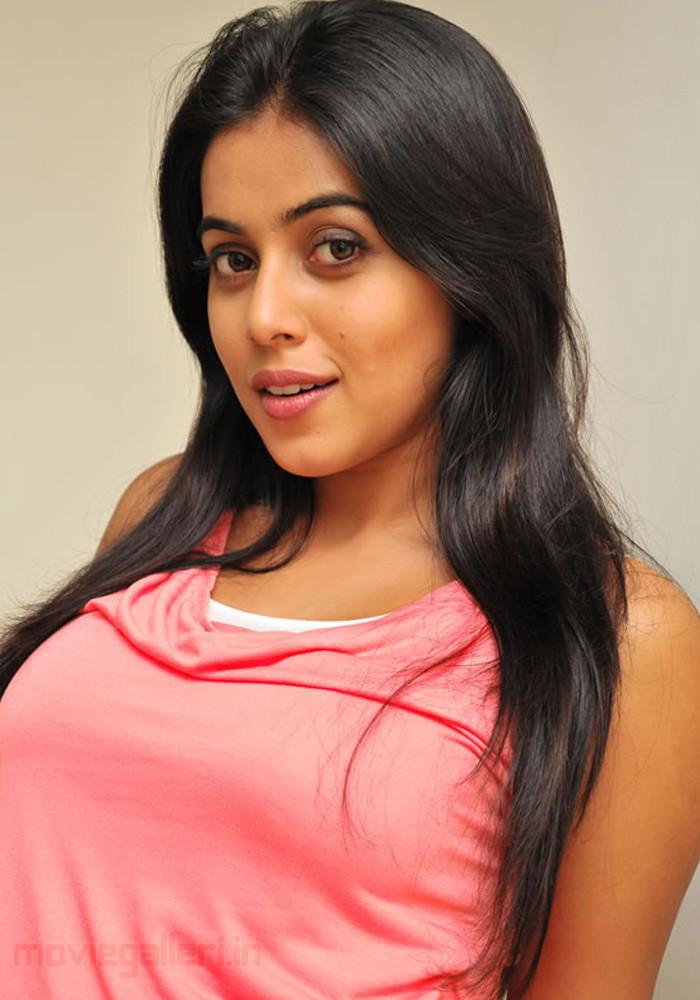 actress poorna photos Tamil nude