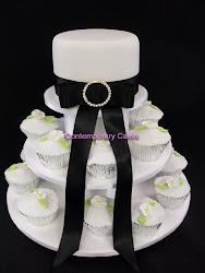 Beginners 10 Wedding Cupcake Tower Workshop.