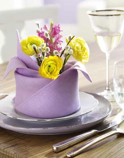 decoraçao. guardanapo para uma mesa especial