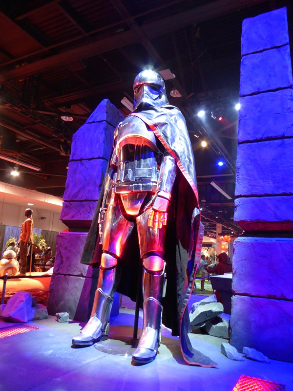 Captain Phasma costume Star Wars The Force Awakens