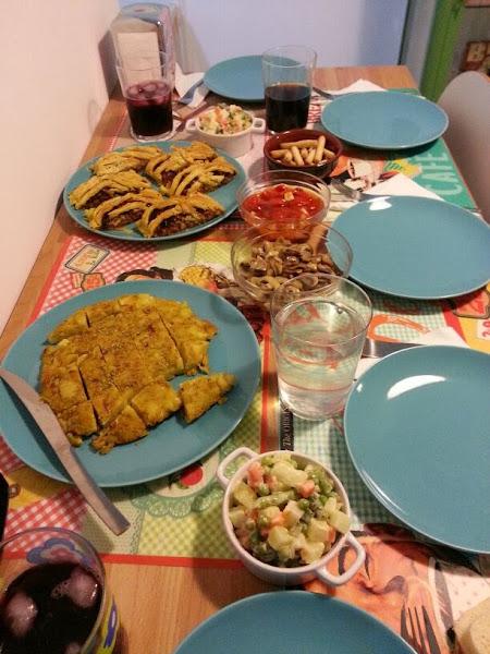 Recetas picoteo cocinar en casa es - Cena con amigos en casa ...