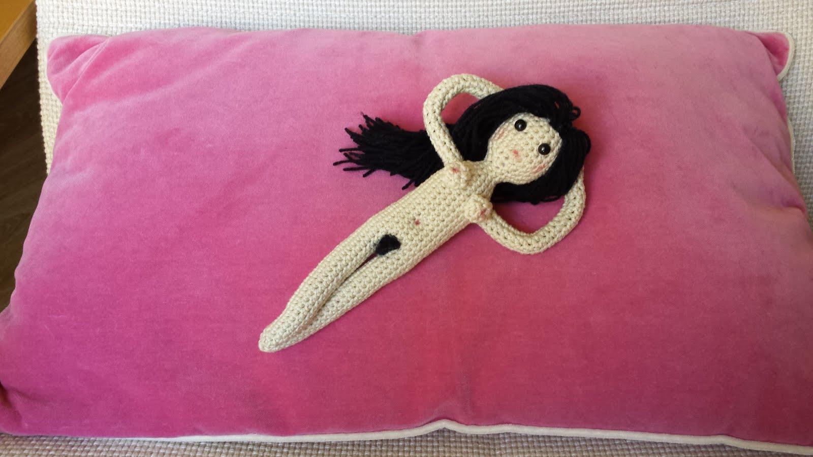 Tejiendo con Max: Patrón Maja Desnuda a crochet
