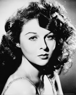 Vintage black and white photo of actress Susan Hayward