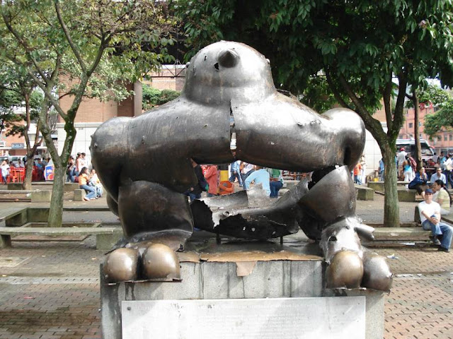 Remains of the Botero bird statue after a car bomb in Medellin in June 1995