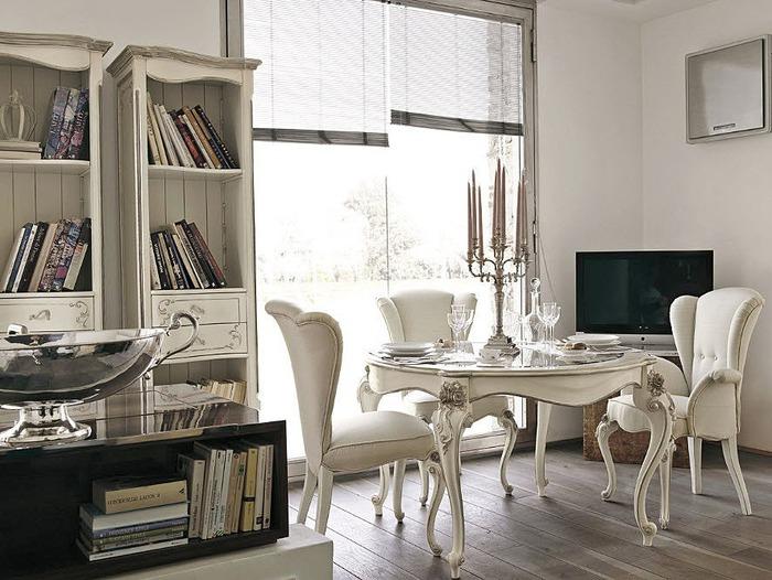Comedores cl sicos italianos ideas para decorar dise ar for Sillones mesa comedor