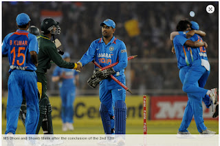 MS-Dhoni-Shoaib-Malik-India-v-Pakistan-2nd-T20-2012