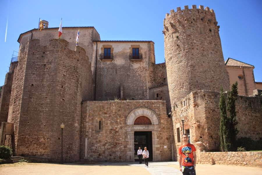 Monastery of Sant Feliu de Guixols