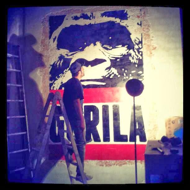 Bar Gorila, estilo industrial y arte urbano.