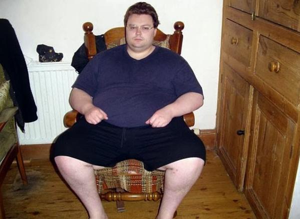 Άνδρας 210 κιλών έγινε κούκλος σε 18 μήνες! Δεν θα πιστεύετε στα μάτια σας! [photos]