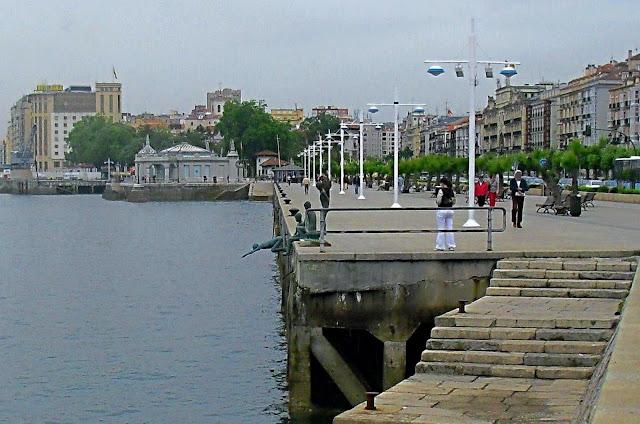 Paseo del Muelle de Calderon