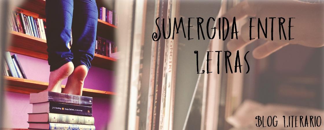 Sumergida entre Letras