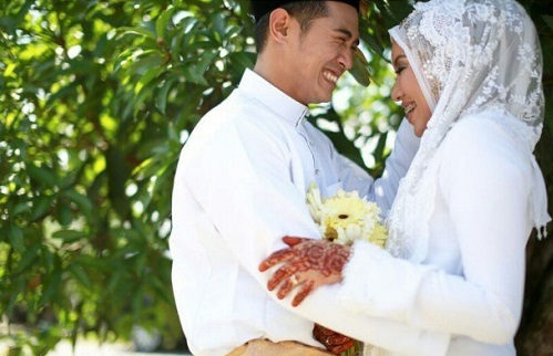 Gambar perkahwinan Amar Asyraf dan Arna Salleh (8 Photo)