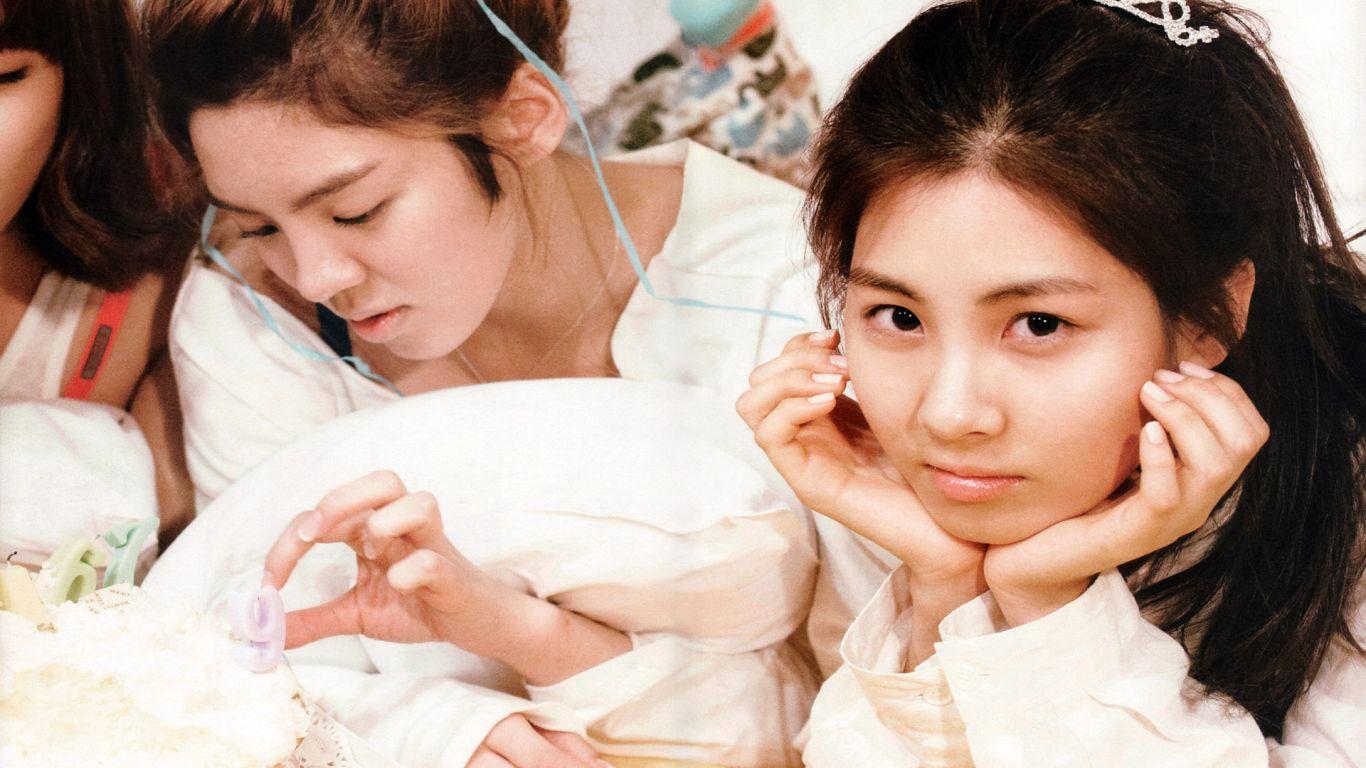 http://4.bp.blogspot.com/-FHQpjFstFLo/T00_l4og8fI/AAAAAAAAGjs/SmnNmg24grw/s1600/SNSD-young-girls-Kpop-23.jpg