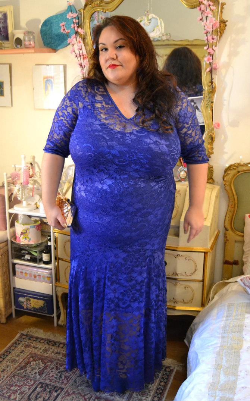 abito lungo blu plus size a sirena in pizzo Scarlett & Jo