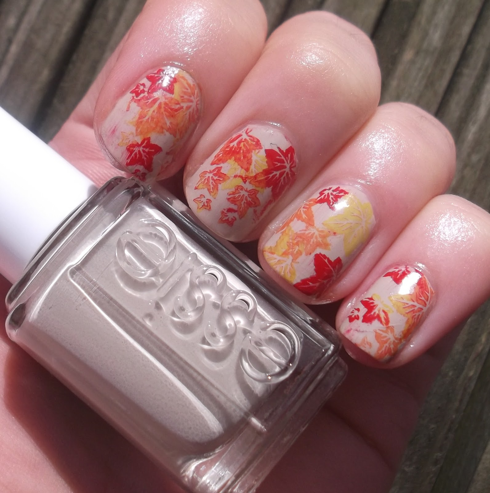 Lou is Perfectly Polished: Autumn Leaf nails