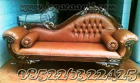 sofa bahan semi kulit dari kayu jati