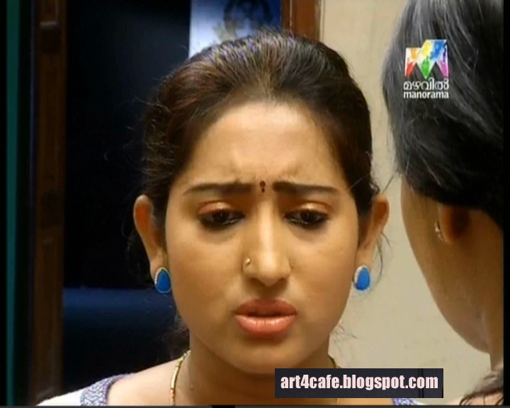 Mazhavil Manorama Serial Ayirathil Oruval Actress Veni S