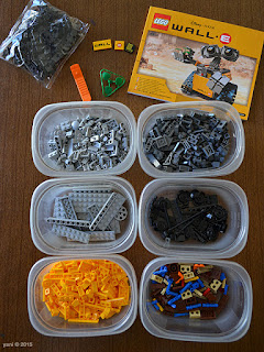 lego wall-e: neat and sorted, ready to build