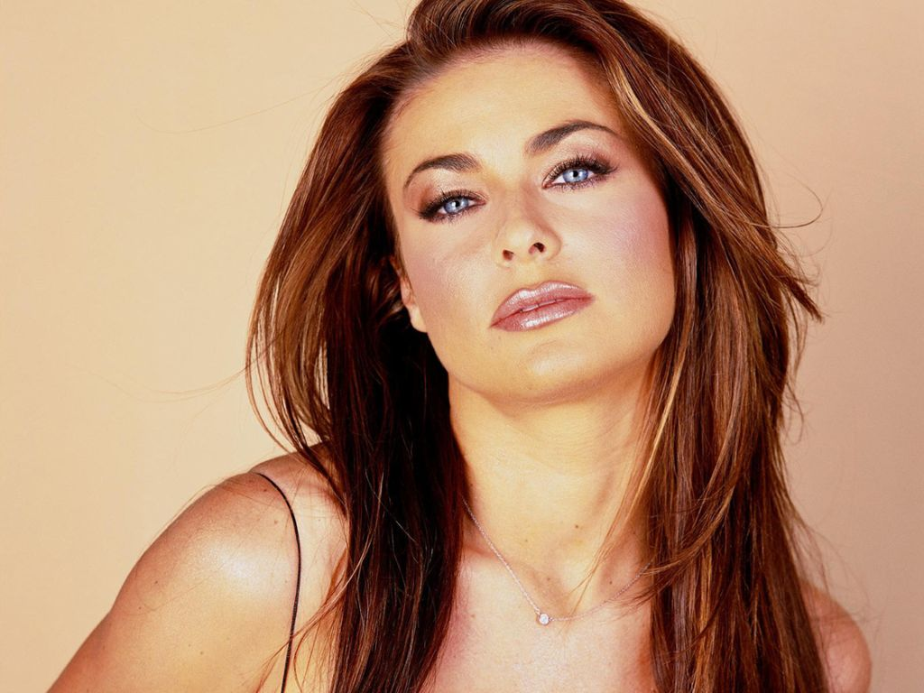 HD Wallpepars: Carmen Electra HD Wallpapers