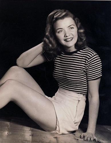1940s Shorts Wearing Pinup #pinup #vintage #1940s