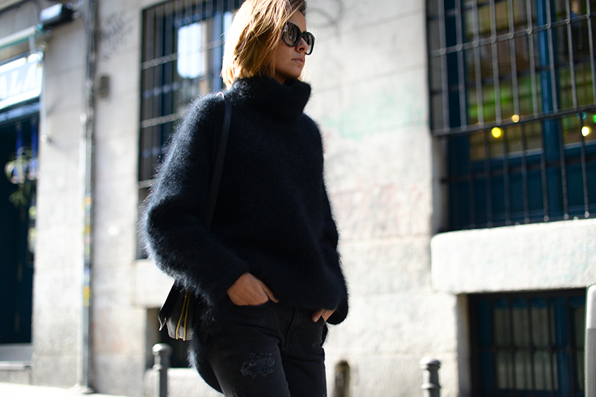 the petticoat madrid streets total black fuzzy chunky jumper