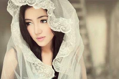 Foto Cantik Bella Shofie Pacar Adjie Pangestu