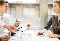 Tópicos al buscar pareja, el hombre debe pagar en la primera cita