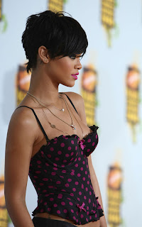 Rihanna hairstyle Photo Gallery - Female Celebrity Hairstyle Ideas