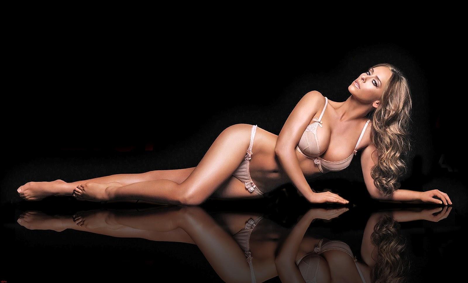http://4.bp.blogspot.com/-FIsvuvpaV9c/T7u-uIkLJ0I/AAAAAAAAL5s/Szy1dJAj2Iw/s1600/Jennifer-Love-Hewitt-The-Client-List-4-1.jpg