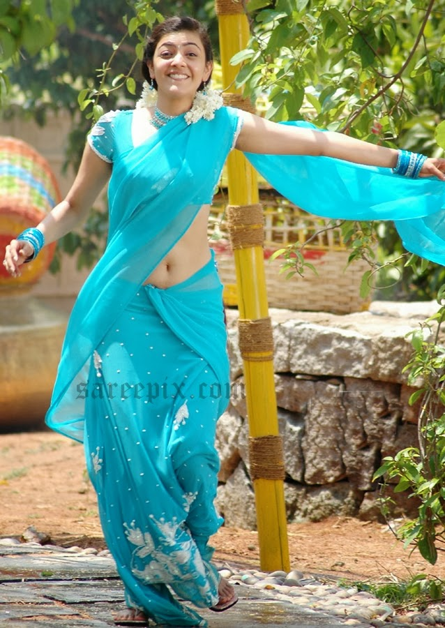 Kajal-agarwal-running-half-saree-Chandamama-movie