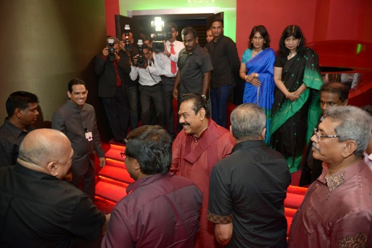 President tours the Empire Cineplex along with CT Holdings Deputy Chairman and Managing Director Ranjit Page