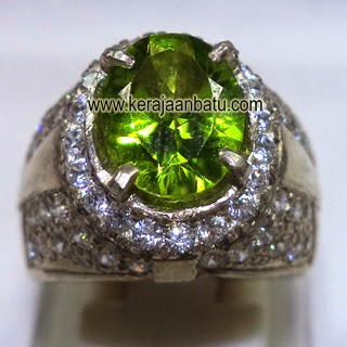Cincin Natural Green Peridot Asli