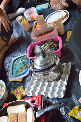 sarapan breakfast dalam khemah sanctuari ikan kelah sungai chiling