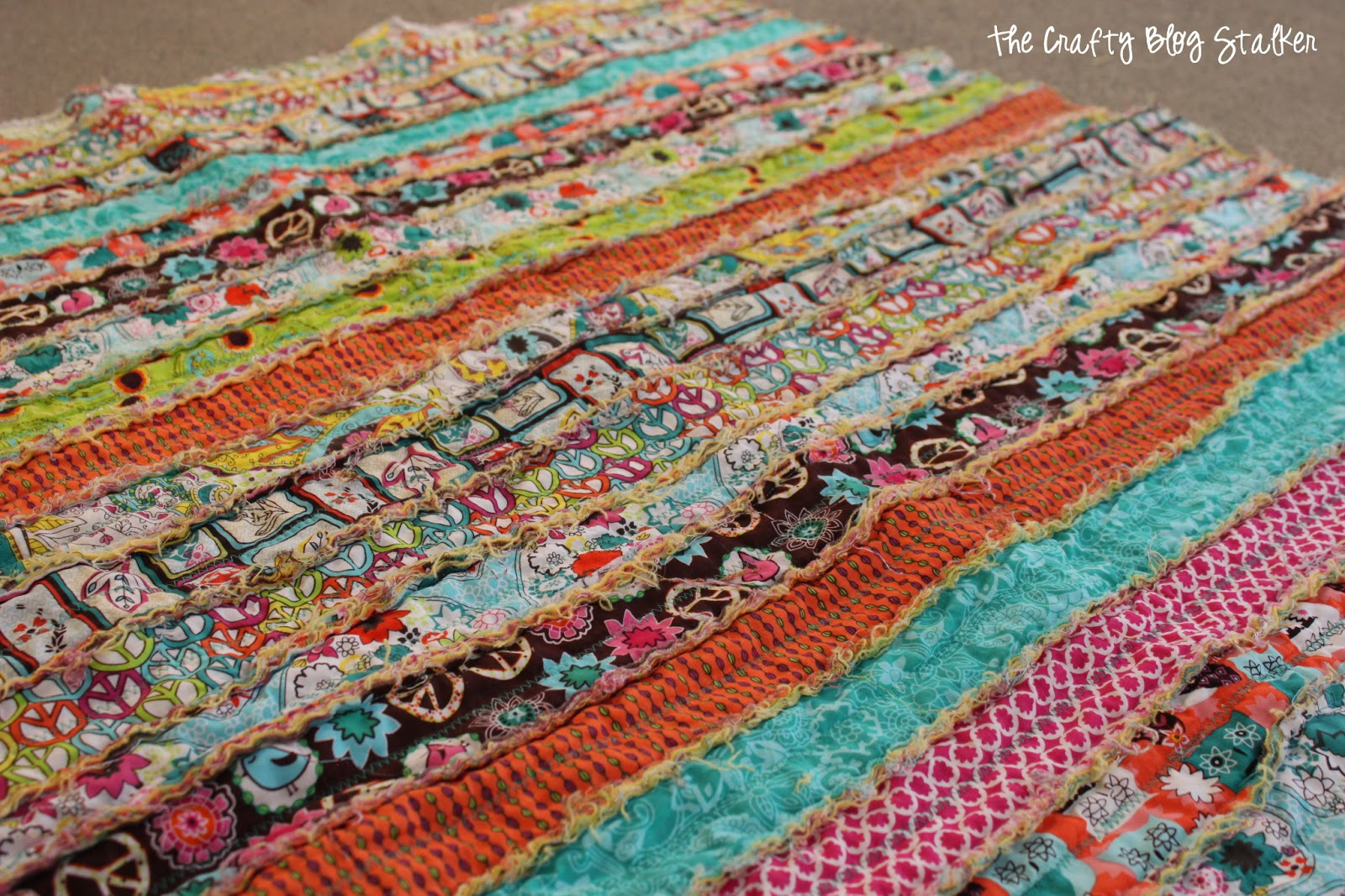 Quilt Patterns Using Strips Of Fabric : Guest Post: Katie shows how she made her rag quilt... SewCanShe Free Sewing Patterns for ...