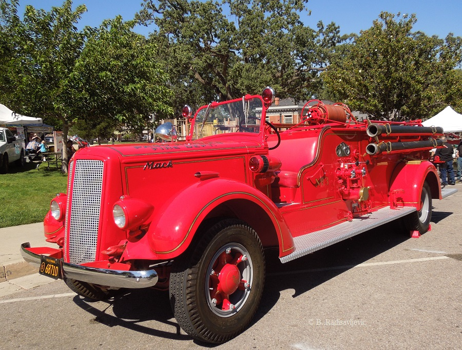 Old Mack Fire Trucks : Paso robles in photos vintage fire truck on display