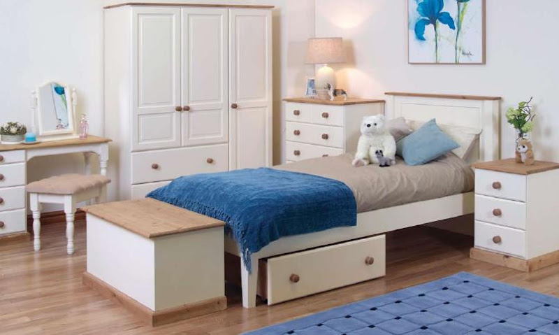 Cheap Pine Bedroom Furniture Sets (4 Image)