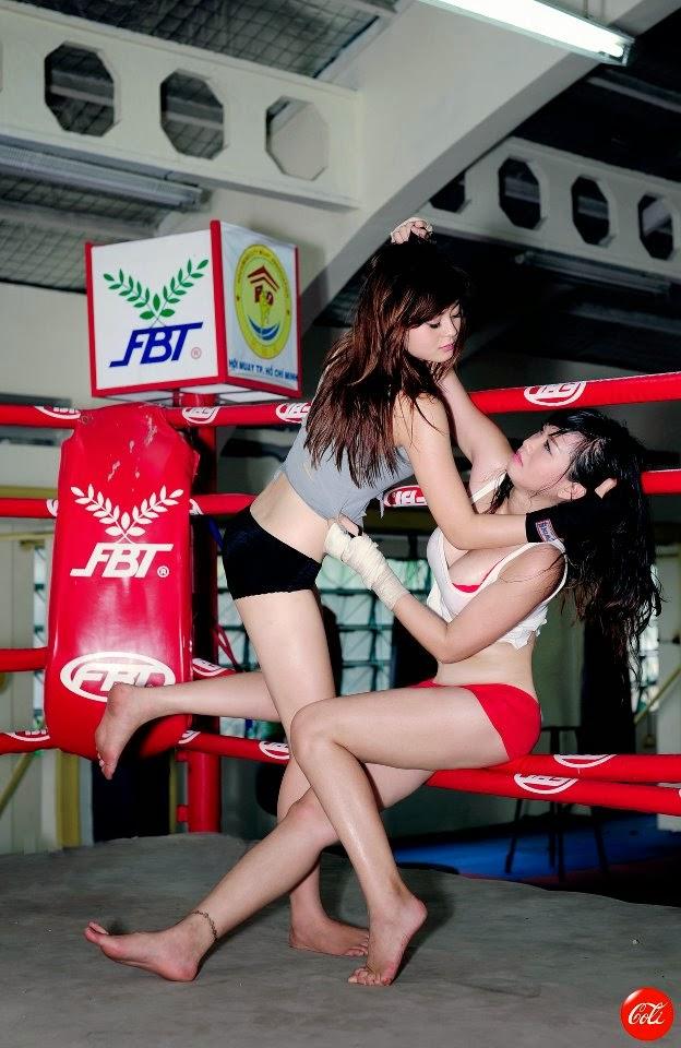 Khi phái đẹp đấu boxing 11
