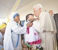 El papa finaliza visita a Africa