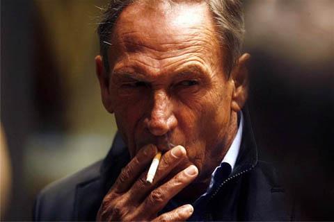 zdenek zeman altri allenatori calcio sigaretta